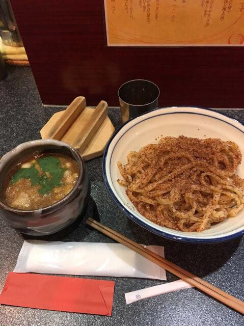 烈志笑魚油 麺香房 三くかけラーメン