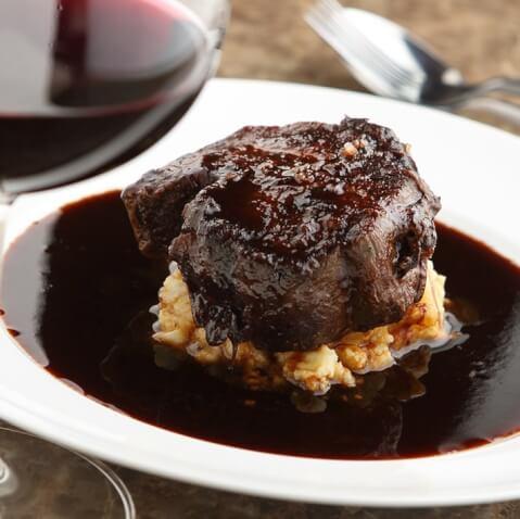 上野 ディナー ワインバル 八十郎 すね肉のワイン煮込み