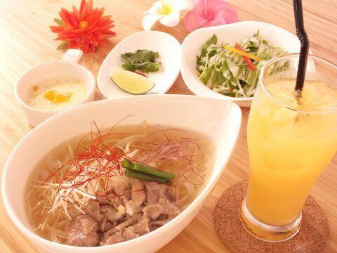 saigon-lunch