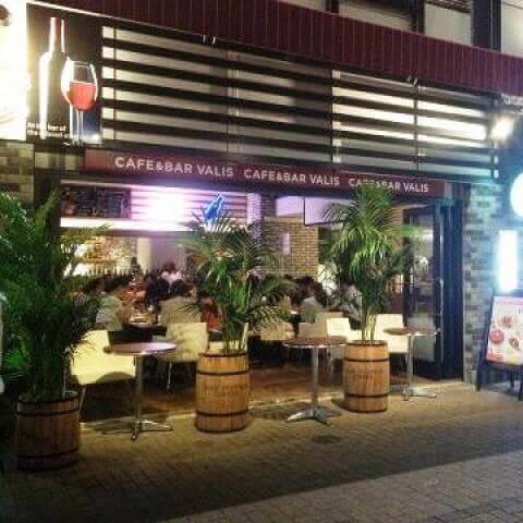 カフェバリーズ外観 名古屋駅 カフェ