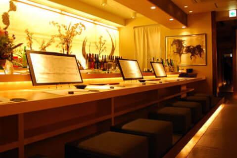 恵比寿 居酒屋 和心庭 一蔵 おしゃれなカウンター