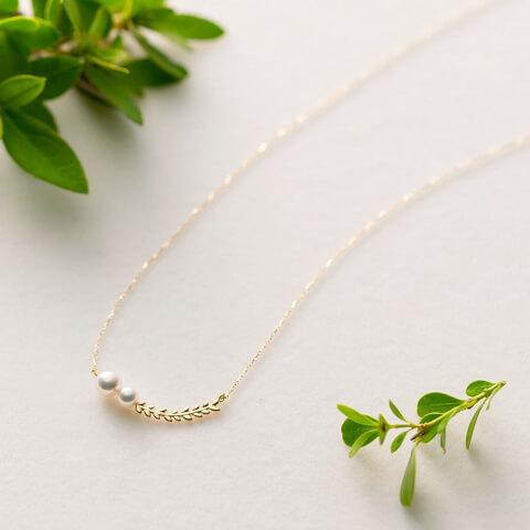 Petit Leaf パールペンダント ホワイトデー プレゼント