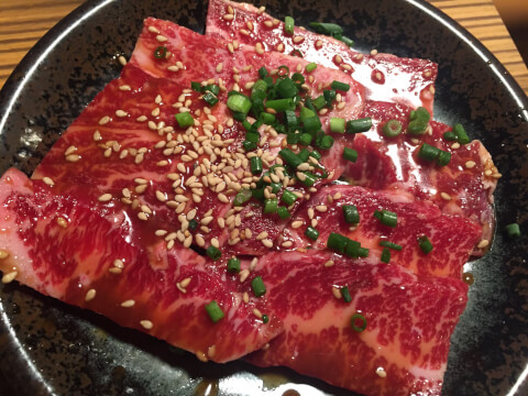 食肉_上カルビ