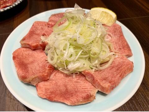 渋谷 焼肉 黒田 上タン塩 ネギトッピング