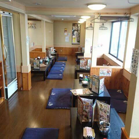 名古屋 居酒屋  世界の山ちゃん 駅西 座敷