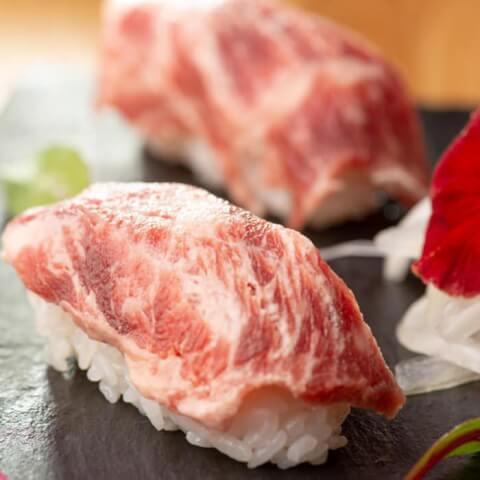 新宿 個室 居酒屋 ゆとり 肉炙り寿司