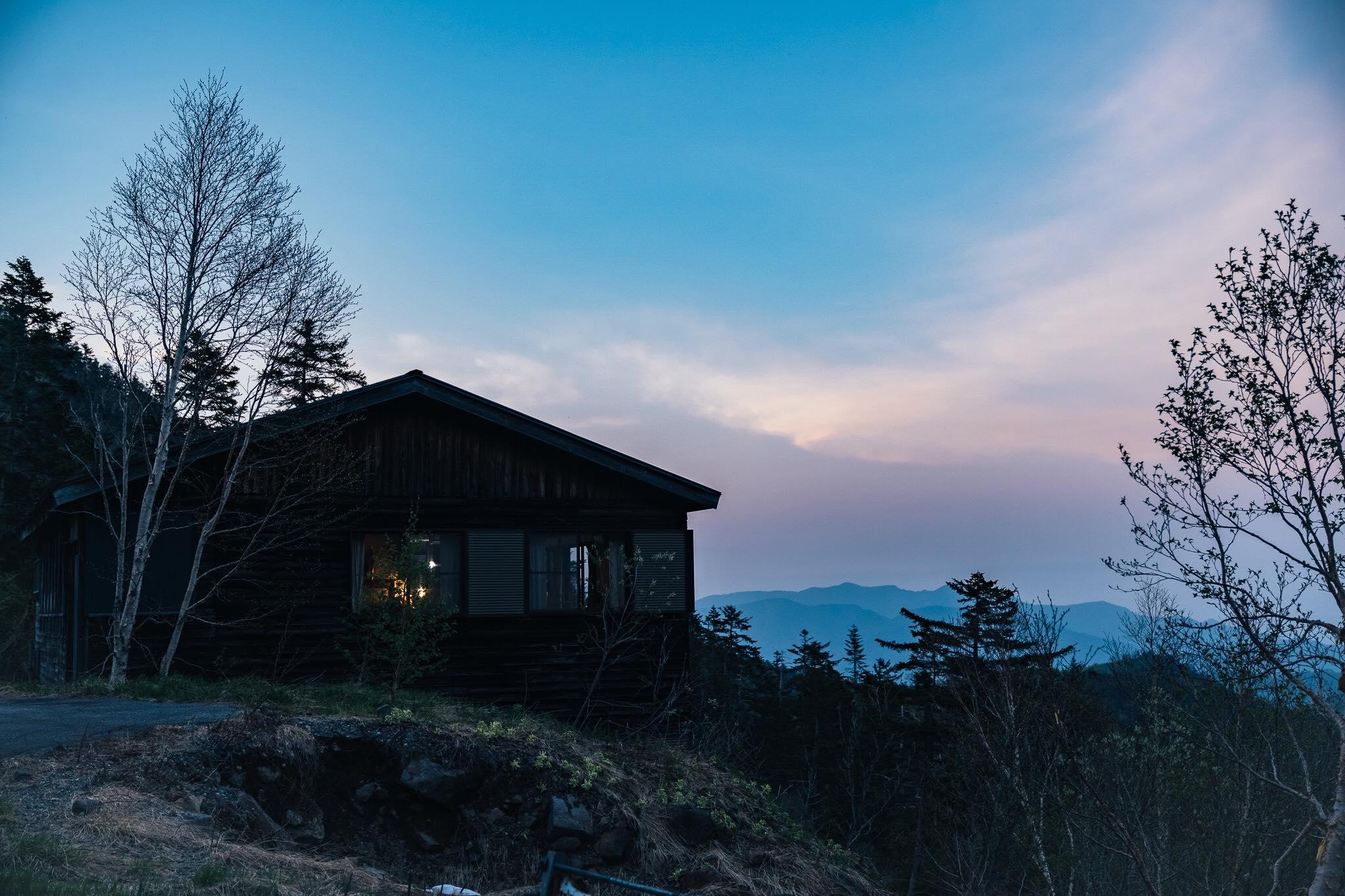 山の玄人も初心者も。地上2100mにみんなが集える場をつくる。「冷泉小屋再生プロジェクト」