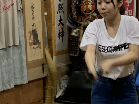 東京都 練馬区 【真剣・袈裟斬り体験】  ☆本物の刀を持つと空気が変わり緊張感が高まります☆