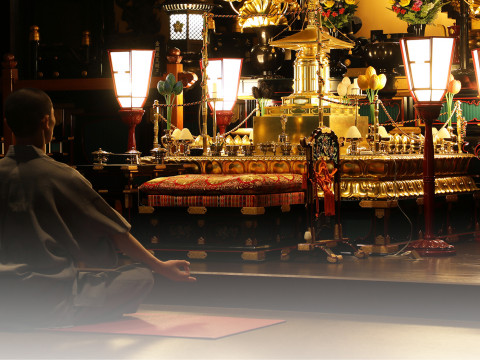 東京 港区浜松町 安楽寺で僧侶と一緒に手ぶらで寺ヨガ体験‼(駅近)