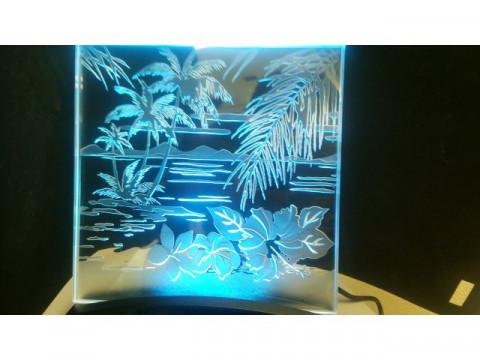 東京都 台東区 浅草橋  ガラス工芸体験・光り輝くLED照射パネルで記念日に色どりを添えよう!