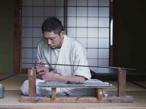 岐阜県 羽島市 【4人様限定】 刀匠から学ぶ、伝統の鍛造の技! 鍛冶場で侍ナイフ作り体験ツアー(昼食付き)