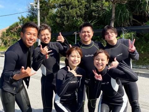 沖縄県 中頭郡 読谷村 沖縄の海を思いっきり満喫したいなら! SUP &ダイビング体験セットプラン 4.5時間
