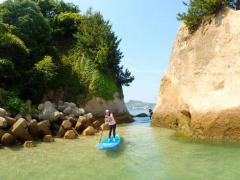 愛媛県 生名島 初心者体験コース! 半日SUP体験・無人島の自然のトンネル探検に出かけよう♪