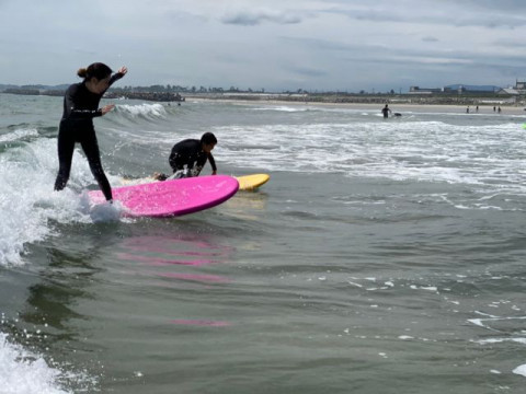 福島県 いわき市 サーフィン体験 ☆ ボード & ウェットスーツレンタル込み ☆ 温水シャワー付き! 初心者 大歓迎