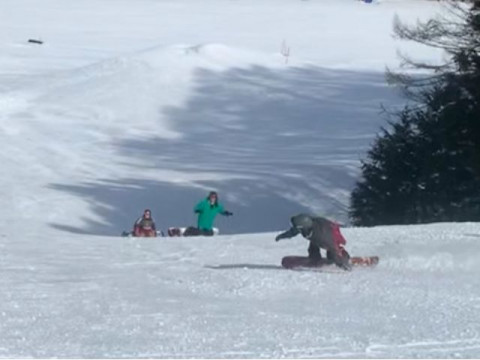 群馬県 沼田市 SAJ、SIA有資格ガイドによる1日で「かっこよく滑る」 出張型スキー・スノーボード 格安プライベートレッスン☆ ファミリー・女性・カップルにおススメおすすめ!