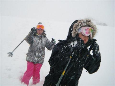 群馬県 みなかみ町 【土日祝日・2~3名様限定】 スノーシュー1日体験 ☆  雪の中を思いっきり歩こう!