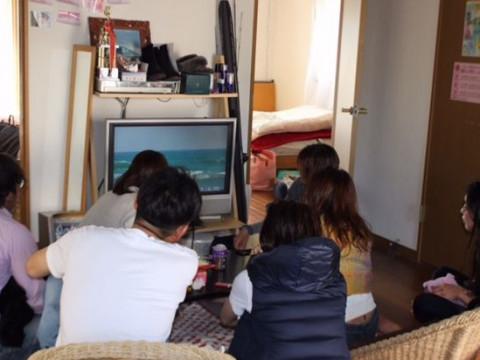 千葉県 一宮町 撮影動画を見ながら女性プロサーファーが直接アドバイス ☆ 上達プラン♪