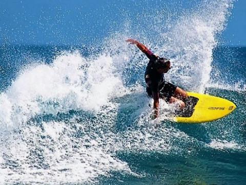 神奈川県 茅ヶ崎市【2人様限定】ニーサーフィン体験(KNEE SURFING)☆ プライベートレッスン ♪