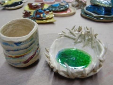 東京都 国立市 手びねり陶芸体験90分 ☆ 3歳から参加OK・土を捏ねて器の成形まで楽しもう♪