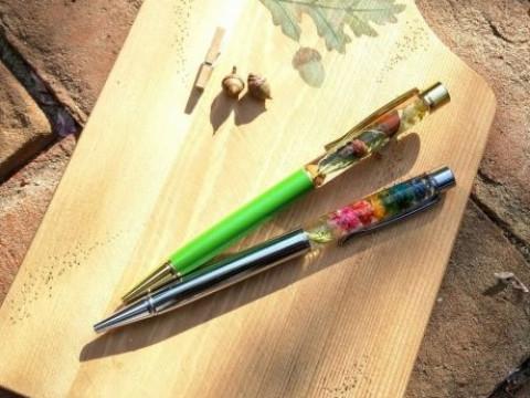神奈川県 逗子市【 土日専用 2人様から開催 】ハーバリウムボールペン制作体験 ☆オシャレで気分も上がるハーバリウムペン ♪