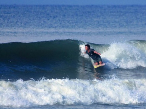 神奈川県 茅ヶ崎市【1人様限定】ニーサーフィン体験(KNEE SURFING)☆プライベートレッスン