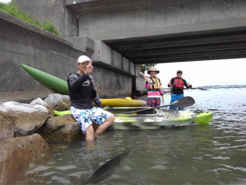 静岡県 湖西市 浜名湖カヤック体験 ☆ 初心者大歓迎! 足の着く場所で開催する安心・安全なカヤック