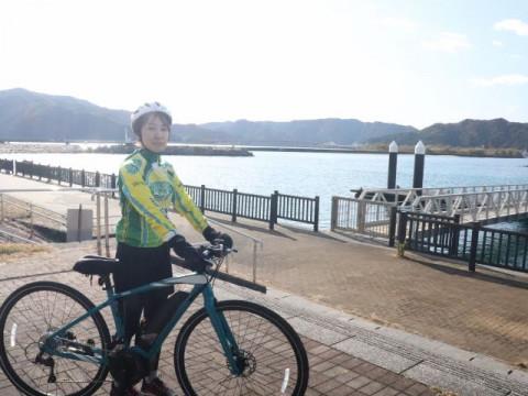 高知県 土佐市 【2人様以上】 e-bikeで巡る ☆ 地元ガイドが案内する!高知のUSA・土佐市宇佐食べ歩きガイドツアー(半日)