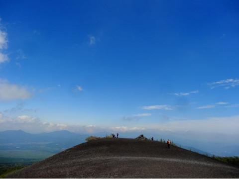 静岡県 小山町 【 2人様以上 】小富士トレッキング ☆ 約3時間 完全プライベートツアー