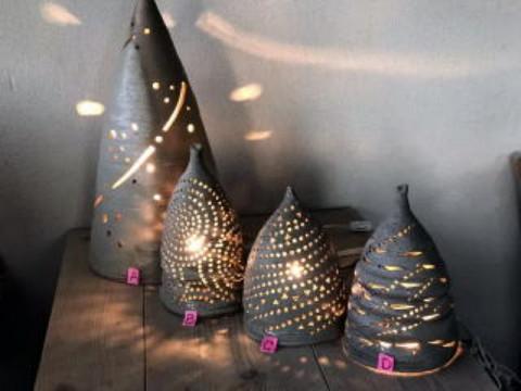 石川県 輪島市 【手作りランプ作り】☆ 初心者歓迎・お好きな場所に模様や穴をあけて気軽に陶芸ランプを作りましょう♪