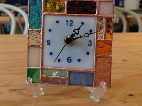 愛知県 名古屋市【ステンドグラス体験】☆ レゴランドの横!世界で一つだけのステンドグラス時計を作ろう!