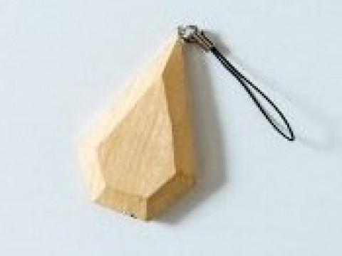 滋賀県 米原市【職人に学ぶ工芸体験】本格的な彫刻刀を使って作る ☆ 木のアクセサリー作り体験