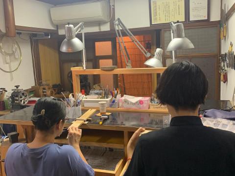 奈良県 奈良市【彫金体験】 近鉄奈良駅から徒歩1分・10歳から参加OK ☆ 鹿さんを形取った箸置きを作ってみませんか? 当日持ち帰りもOK!