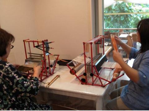 奈良県 大和郡山市 【手織り体験】 ☆ 6歳から参加&手ぶらでOK! マフラーなどの10㎝以上の手織り体験!女性・ファミリーにおススメ♪