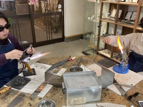 奈良県 大和郡山市 【ガラス細工体験】 金魚の町で、とんぼ玉制作体験!水玉模様のガラス玉を1個制作・追加も可能!