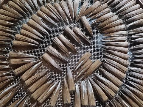 奈良県 奈良市 【奈良筆作り体験】 伝統工芸士から学ぶ! 奈良時代から続く筆作りの最終工程「筆軸くり込み & 穂首の仕上げ」を体験する!