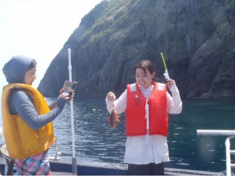 大阪市 梅田出発 【シュノーケリング体験】 ☆ 平日限定開催!音海大断崖を目指して専用ボートで行く海水浴・シュノーケリング・海遊びツアー