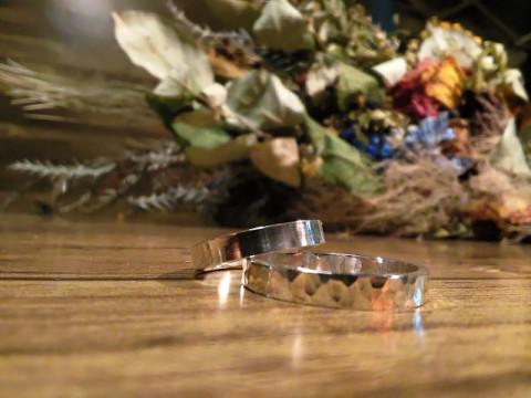 大阪市 中央区 【シルバーリング作り(平角)】 ☆ ペアリングやプレゼントに純銀素材の作り指輪を!心斎橋駅から徒歩約3分・当日お持ち帰りOK♪