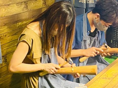 大阪市 中央区 【真鍮バングル作り(幅10mm)】 ☆ 磨くほど美しくなる真鍮素材のバングル作り体験! 心斎橋駅から徒歩約3分・当日お持ち帰りOK♪