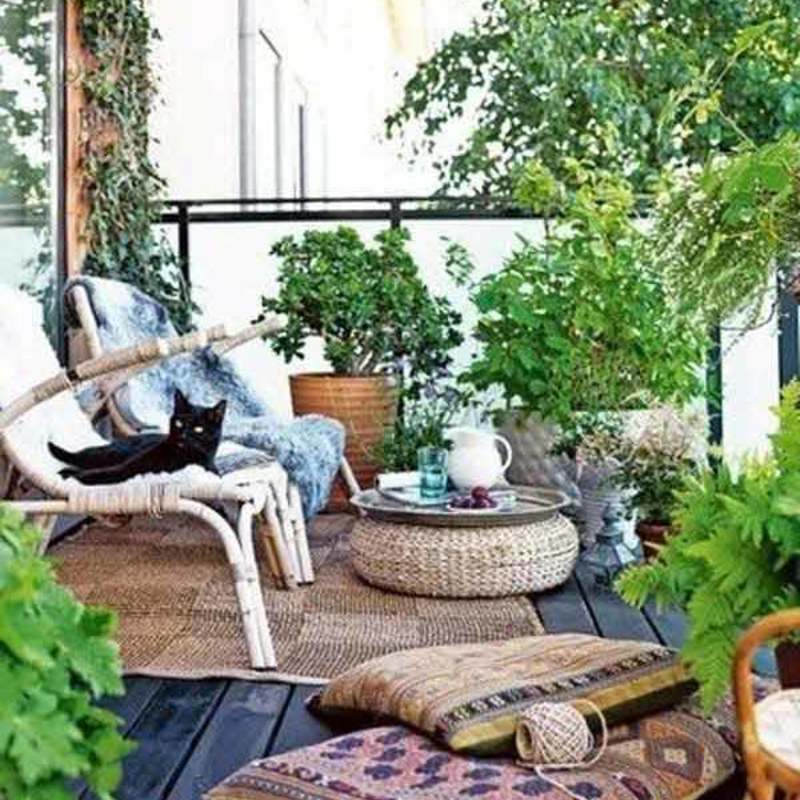 Small balcony garden ideas 24
