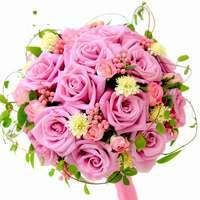 お洒落で可愛いバラのブーケを通販サイトで手に入れよう!