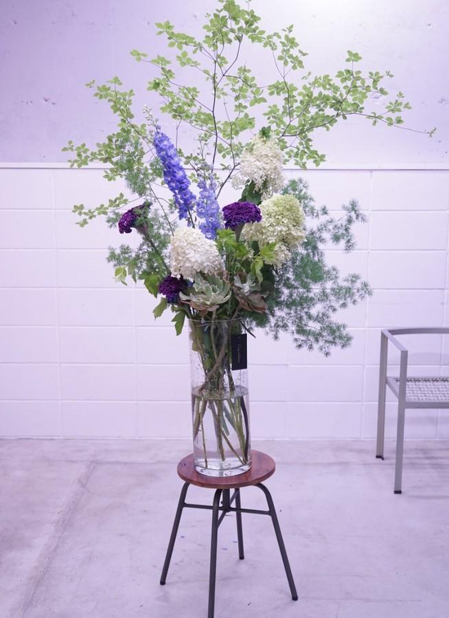 紫色スタンド花 20000円