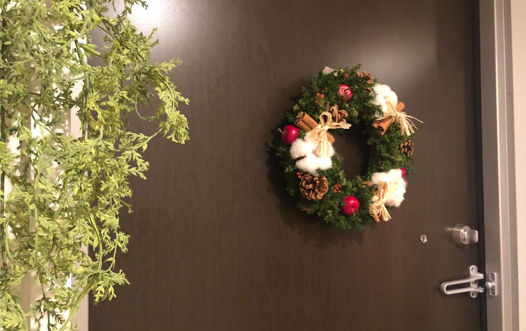 christmas_decrate_entrance_3