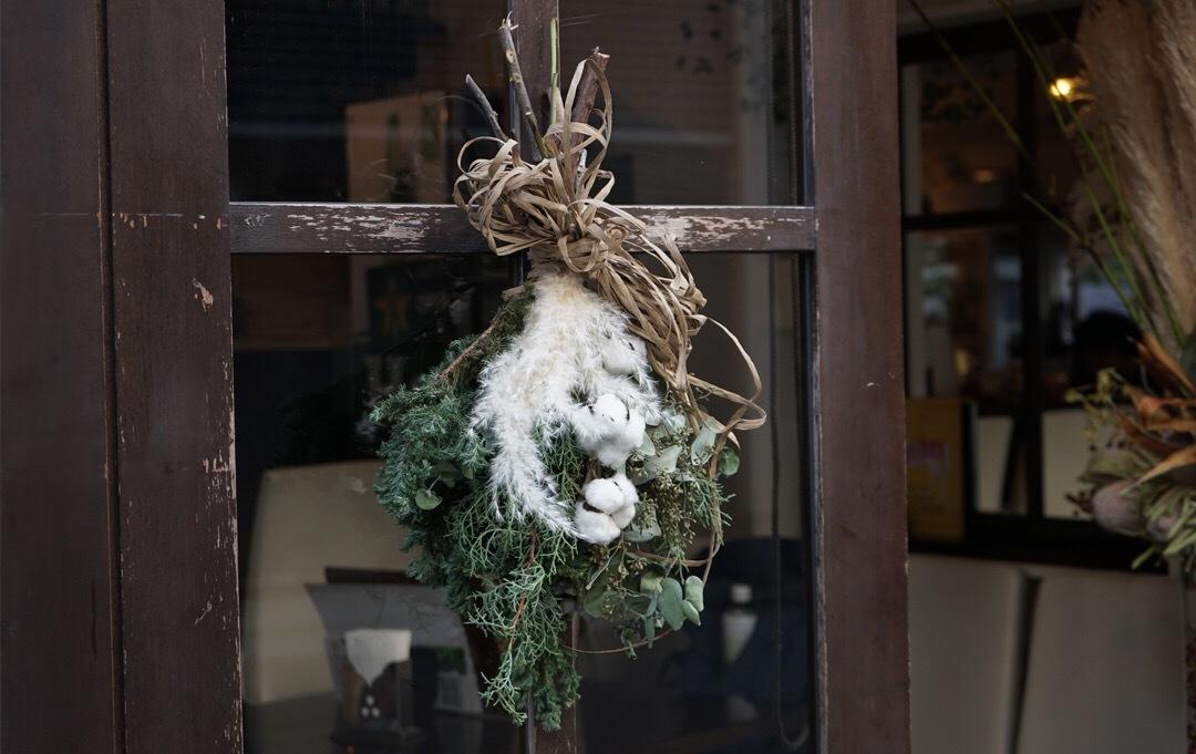 christmas_decorate_entrance_5