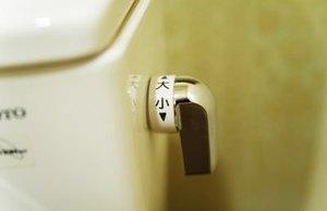 トイレ掃除を簡単キレイに!皆がススメるトイレ用品8選