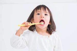 歯磨きに役立つオススメグッズ 4選