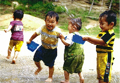 """【急募!】★田川郡福智町★ 市場駅より徒歩9分! マイカー通勤OK! 契約更新あり(正社員登用前提の採用です!) 心と感性をそだてる""""創造保育""""で大人も、子どもも、ゆたかに成長できる保育所です♪"""