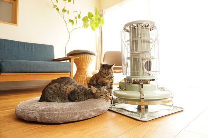 一人暮らしの暖房は何がおすすめ? 選び方と各暖房器具のメリット・デメリットを紹介