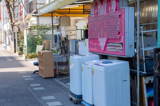 リサイクルショップを活用して安く購入する方法もあります