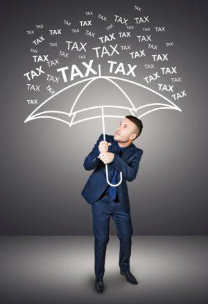 次に待つのは、取得税の支払い…(イメージ画像)
