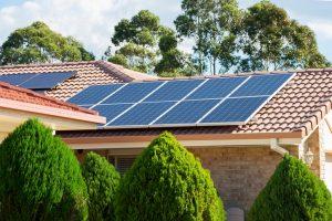 太陽光発電の設置も合わせて検討するといい